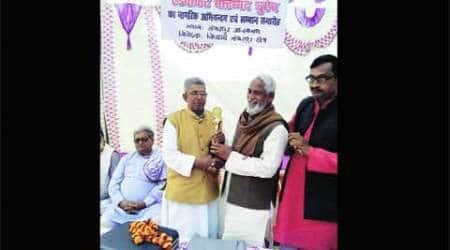 2008 Batla House encounter, indian mujahideen, lucknow lawyer, lawyer felicitation, Mohammad Shoaib, india news, nation news