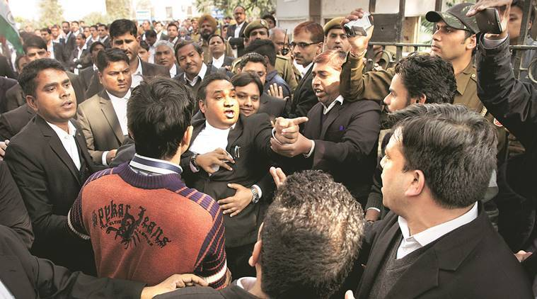 JNU row, patiala house court, patiala house court violence, kanhaiya kumar, JNUSU president, kanhaiya kumar arrested, kanhaiya kumar in jail, afzal guru, anti national slogansJNU protest, india news