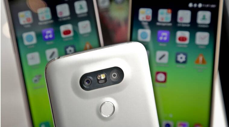 Samsung Galaxy S7, LG G5, Samsung Galaxy S7 vs LG G5, Samsung, LG, G5 launch, G5 price, Galaxy S7 series, Galaxy S7 edge, MWC, MWC 2016, technology, technology news