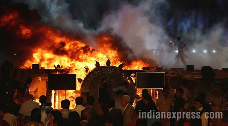 make in india week, make in india fire, maharashtra night, girgaum chowpatty, cause of fire, make in india fire updates, mumbai fire brigade, mumbai news, india news, latest news