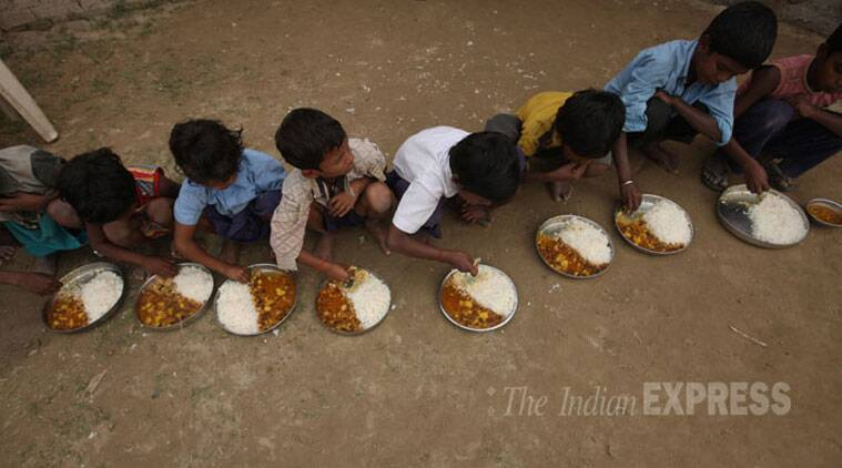 mumbai, mumbai midday meal, dharavi meal, dharavi slum kids, dharavi kids get meal, dharavi midday meal, india news, mumbai news. indian express news