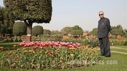President Pranab Mukherjee throws open Mughal Gardens to the public