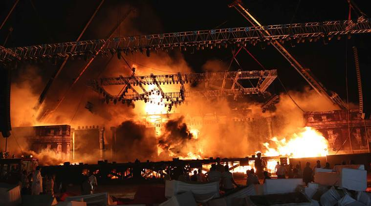 Make in India week, Maharashtra Night, Girgaum Chowpatty, Maharashtra Night Girgaum Chowpatty, Girgaum chowpatty fire, mumbai news, india news