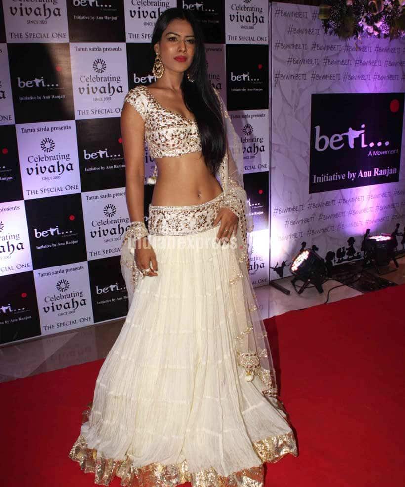 Nia Sharma, Disha Vakani, Ragini Khanna, Digangana, Anushka Ranjan, Ragini Khanna, Elli Evram, Yuvika Choudhary, Beti Foundation Fashion Show, Tv Bahus on ramp