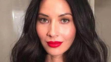 Olivia Munn not engaged to AaronRodgers