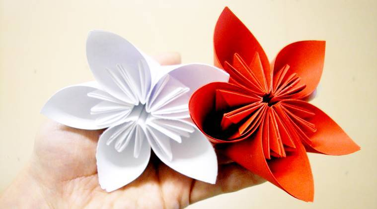Getting bored try these super easy but impressive origami artwork the indi - Origami origami origami ...