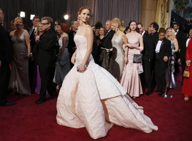 "Jennifer Lawrence, best actress nominee for her role in ""Silver Linings Playbook"", arrives at the 85th Academy Awards in Hollywood"