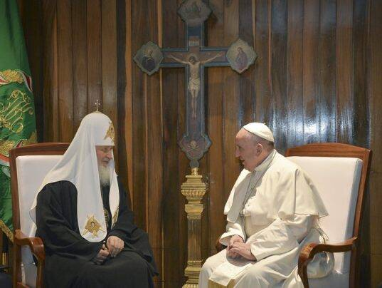 pope francis, patriarch kirill, pope kirill meeting, catholic orthodox meeting, christianity, pope francis news, pope patriarch kirill meeting, pope kirill meeting, catholicism, orthodox christianity, pope in mexico, pope francis mexico
