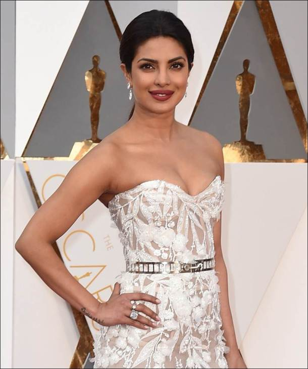 priyanka chopra, oscars 2016, priyanka chopra jewellery, priyanka chopra red carpet, priyanka chopra oscars, priyanka chopra oscars 2016, priyanka chopra oscars pics