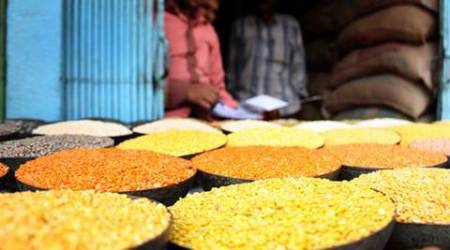 Govt-to-govt contract plan to import pulses, says Paswan