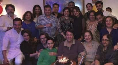 kareena kapoor, karisma kapoor, randhir kapoor, saif ali khan, randhir kapoor birthday, randhir kapoor birthday party, kareena kapoor khan, kareena kapoor pics, kareena pics, entertainment