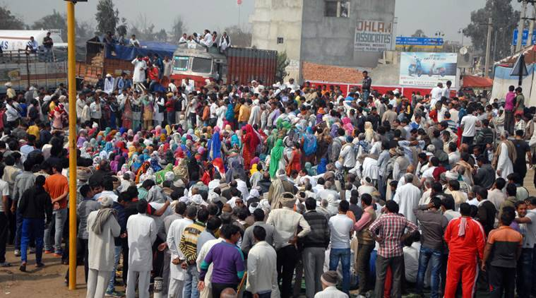 Rohtak, India, February 20: Jaat's blocked Jhajjar-Rohtak road at Saapla, in Rohtak, India, on Saturday, February 20, 2016. Photo by Manoj Kumar