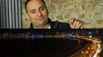 Comedian Russel Peters explains why he calls Mumbai 'Bombay'