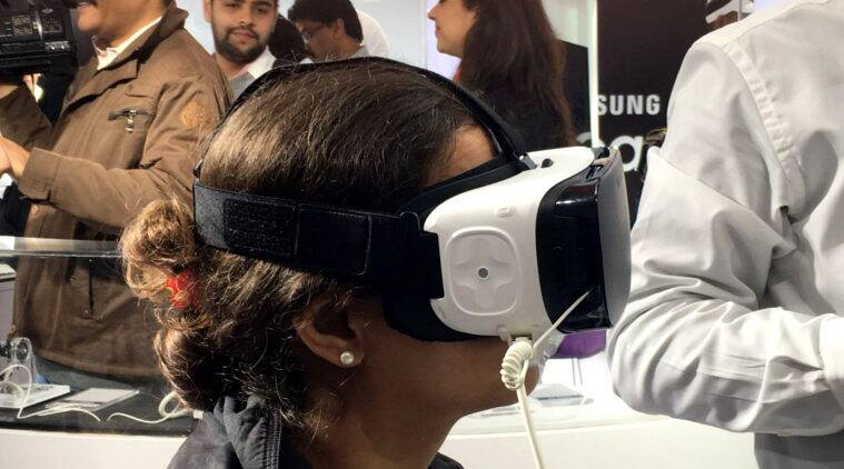 virtual reality, nausea, virtual reality health problems, Samsung Gear VR,  Oculus VR, Vive VR, tech news, technologyvirtual reality, nausea, virtual reality health problems, Samsung Gear VR,  Oculus VR, Vive VR, tech news, technology