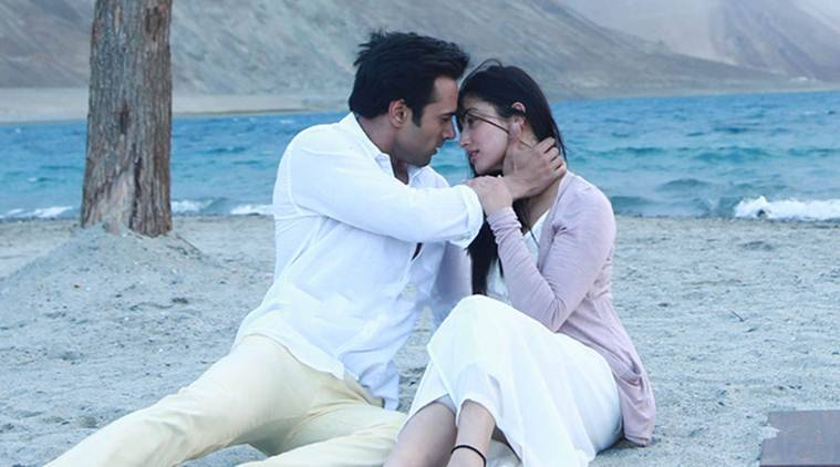sanam re, sanam re movie review, sanam re review, yami gautam, pulkit samrat, divya khosla kumar, yami pulkit, urvashi rautela, entertainment news
