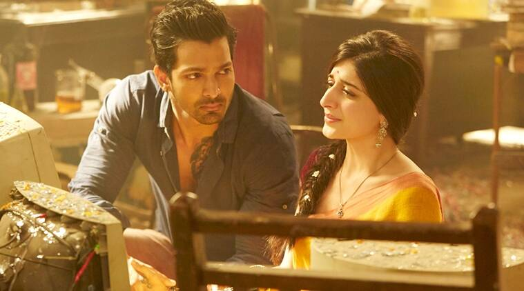 sanam teri kasam review: mawra hocane shows us how effervescence can