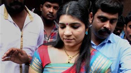 Kerala solar scam: Made 1,000 calls to Chandy aide, saysSaritha topanel