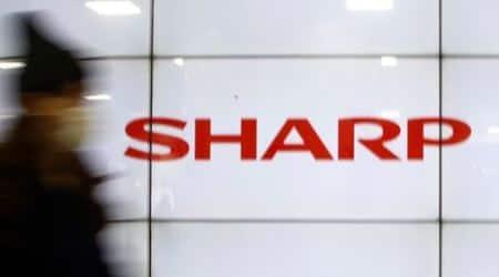 Foxconn, Sharp extend takeover talks deadline :report