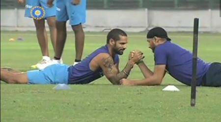 Shikhar Dhawan, Harbhajan Singh, Shikhar Dhawan, Harbhajan Singh, Dhawan Bhajji, Asia cup, Indian team, Team India, BCCI, Dhawan batting, Harbhajan bowling, arm wrestling, sports, cricket news, Cricket