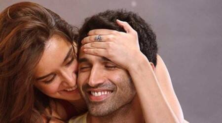 Shraddha Kapoor, Aditya Roy Kapur, Ok Jaanu, Ok Jaanu First Look, Shraddha Kapoor Aditya Roy Kapur, Shraddha, Aditya, Shraddha aditya, Shraddha Get Cosy With Aditya, Shraddha Kapoor Ok Jaanu, Shraddha Kapoor in Ok Jaanu, Karan Johar, Shraddha Ok Jaanu first Look, Shraddha Ok Jaanu, Entertainment news