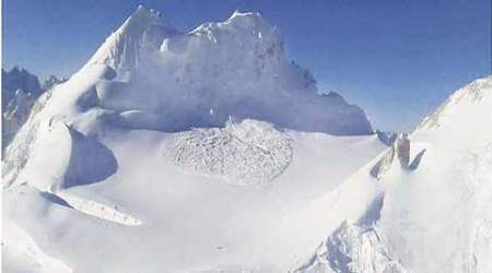 Siachen avalanche: Lance Havildar Bhawan Tamang killed, another soldier missing