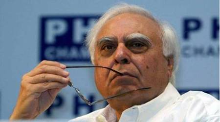 SC order to give opportunity to expose Swamy's allegations: Kapil Sibbal on National Herald case