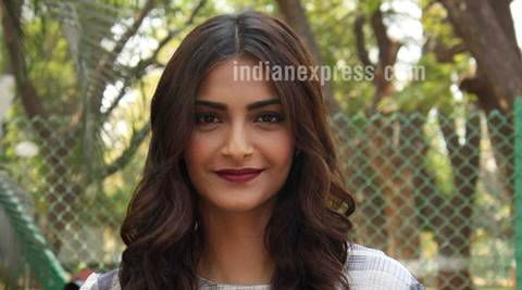 Sonam kapoor, Sonam Kapoor faced Racism, Sonam Kapoor News, Tanzanian woman, Attack on Tanzanian woman, Tanzanian woman Attack, Entertainment news