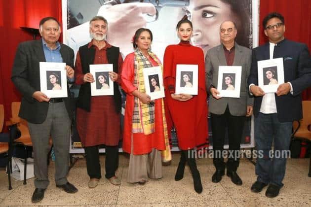 Sonam kapoor, Sonam Kapoor pics, Sonam Kapoor in Delhi, Sonam Kapoor Neerja, Shabana Azmi, Sonam Kapoor Photo, Sonam Kapoor look, Sonam Kapoor in red dress