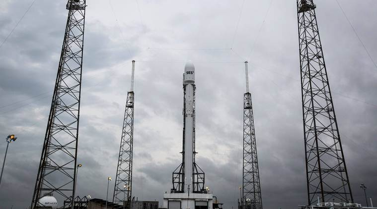 SpaceX has delayed the launch of its Falcon 9 rocket due to technical issues (Source: SpaceX/Facebook)