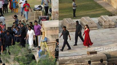 Shah Rukh Khan, Raees, Mahira khan, Shah Rukh Khan Raees, SRK raees, Shah Rukh Khan Mahira Khan, SRK, SRk Mahira Khan, raees Shoot, Raees Shoot Pics, Raees Shoot photos