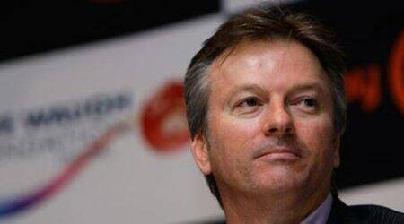 Steve Waugh hits back at 'selfish' Shane Warne