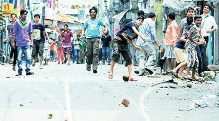 Stone pelters could be biggest threat to Amarnath pilgrimage : Home MinistryOfficial
