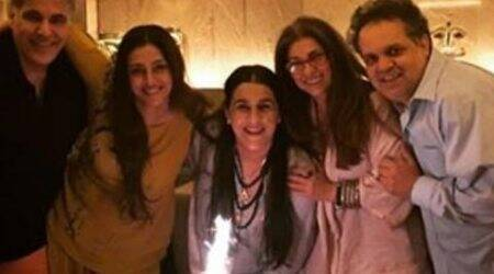 Tabu, Dimple Kapadia get together to celebrate Amrita Singh's birthday