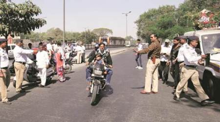 Traffic Police in Pune launch a helmet drive, fine 4,717 riders in a day