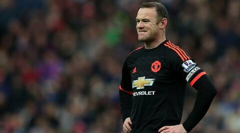 Manchester United's aim should be to finish in top four,  says Wayne Rooney