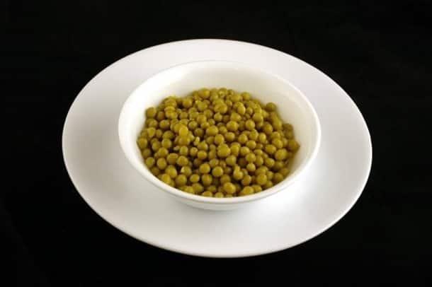 200 calories_canned green peas_wisegeek