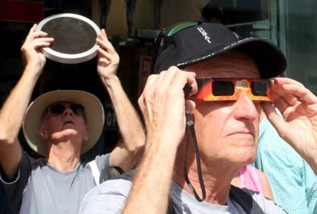 solar eclipse photos, total solar eclipse pictures, total solar eclipse solar eclipse pictures, indonesia solar eclipse, solar eclipse india, india solar eclipse, india solar eclipse pictures, insia solar eclipse pictures, indonesia solar eclipse pictures, indonesia solar eclipse photos, full solar eclipse pictures