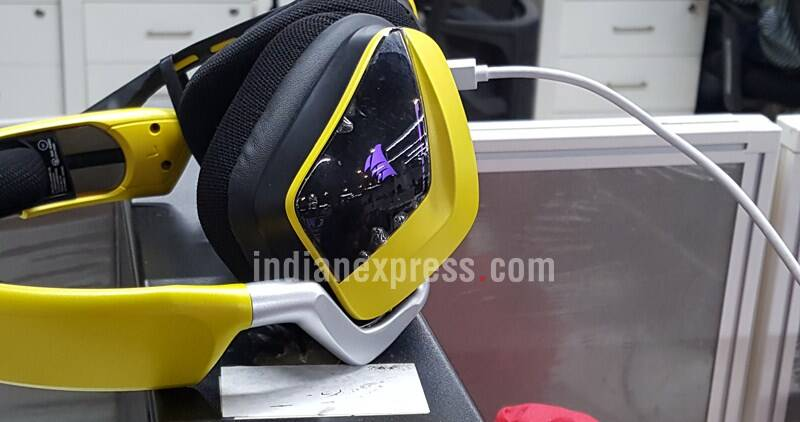 Corsair, Corsair VOID RGB SE Gaming Headphones, Corsair VOID RGB SE Gaming Headphones review, Corsair VOID gaming headphones, Corsair Void RGB SE headphones, best gaming headphones, top headphones under Rs 10,000, audio, tech news, technologyCorsair, Corsair VOID RGB SE Gaming Headphones, Corsair VOID RGB SE Gaming Headphones review, Corsair VOID gaming headphones, Corsair Void RGB SE headphones, best gaming headphones, top headphones under Rs 10,000, audio, tech news, technology