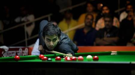 Pankaj Advani surprised by Bhaskar Balachandra in Asian Billiards quarters