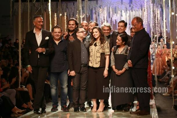 AIFW A/W'16, Amazon india fashion week grand finale, anju modi, Rajesh Pratap Singh, Rahul Mishra, Samant Chauhan,Rohit Gandhi and Rahul Khanna,Abraham and Thakore