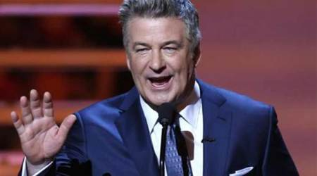 Alec Baldwin invites Melania Trump to join him on 'SNL'