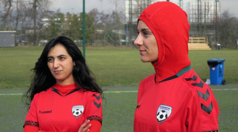 purchase cheap 04eb9 d696c Afghanistan women's football team gets new outfit with hijab ...