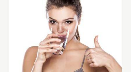 Looking to stay slim? Drink more plain water