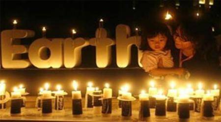 Earth Hour: Nothing 'virtual' about climate impact of emails, tweets