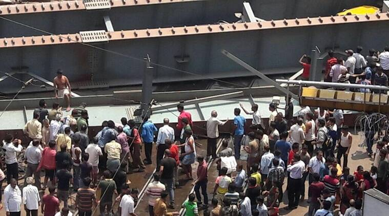 Kolkata flyover, kolkata bridge, kolkata news, Kolkata flyover collapse, flyover collapse, Flyover collapse in Kolkata, kolkata flyover accident, flyover accident in kolkata, Kolkata, Kolkata news, latest news kolkata