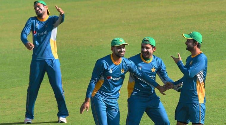 Pakistan Cricket, Hafeez, Pak cricket, Pak World T20, Hafeez injury, Hafeez knee injury, World T20, ICC World T20, WT20, Cricket news, Cricket updates, Cricket