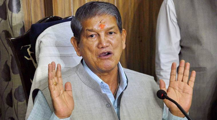 Dehradun: Uttrakhand Chief Minister Harish Rawat addressing a press conference in Dehradun on Monday. PTI Photo  (PTI3_21_2016_000247B) *** Local Caption ***