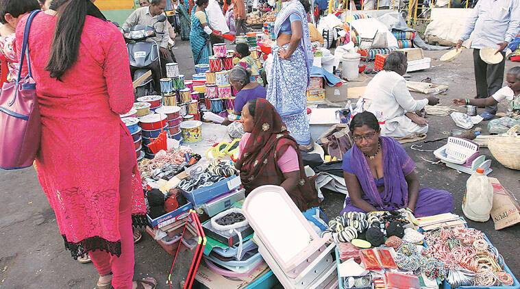 mumbai, mumbai news, mumbai hawkers, municipal corporation of greater mumbai, illegal food vendors mumbai, MGCM action against hawkers, india news, indian express