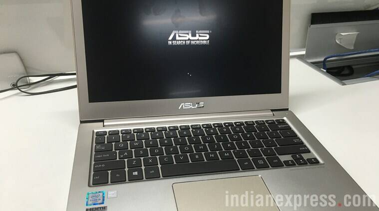 With Asus Zenbook UX303UB, there were no issues propping it up on my legs while typing away furiously on the bed