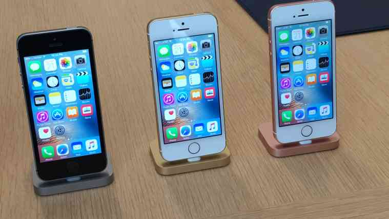 iPhone SE, new iPhone, iPhone SE first impression, iPhone se review